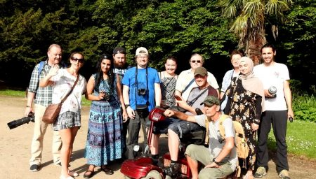 Scrambles group during a guided walk around Highfield's Park with vegan wildlife photographer Jusep Moreno.